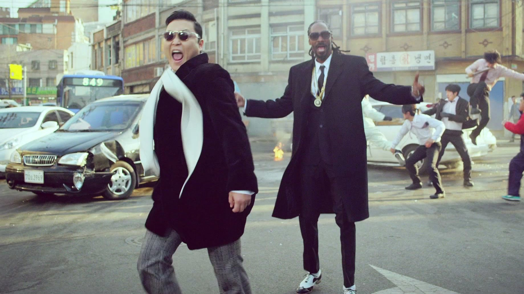 PSY – 2014 – Hangover (feat. Snoop Dogg)